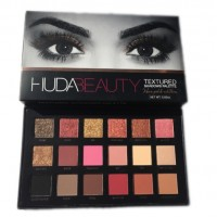 HUDA beauty textured shadows palette